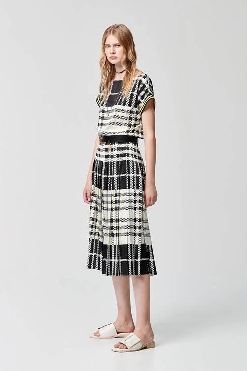 Large plaid wide pleated skirt