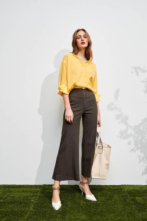 Thread trims trousers