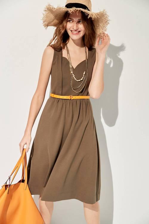 Simple mifi dress