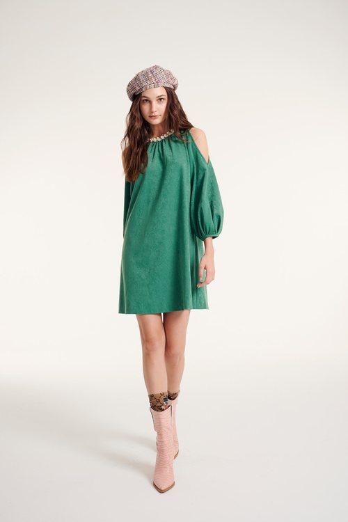 Shoulder-digging dress