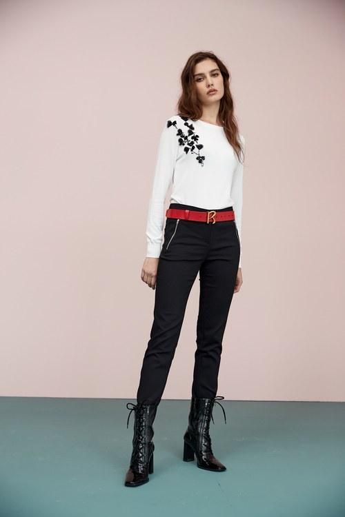 Pseudo-rock style ankle-length pants